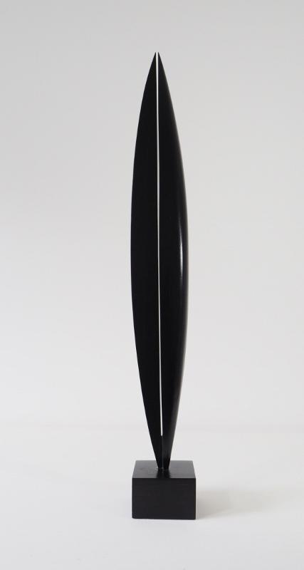 Komposition 38, 2017, Holz, lasiert, 81x10x10 cm