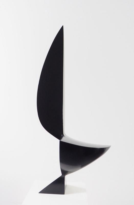 Komposition 60, 2018, Holz, lasiert, 62x29x21 cm